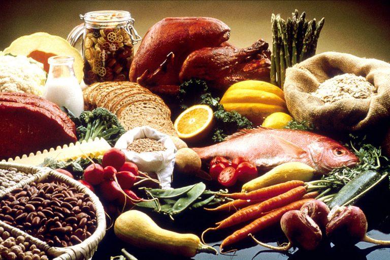 Makanan Yang Boleh dan Tidak Boleh Dimakan Saat Hamil